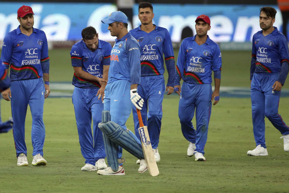 Twitter ridicules the umpiring standards during India's match against Afghanistan