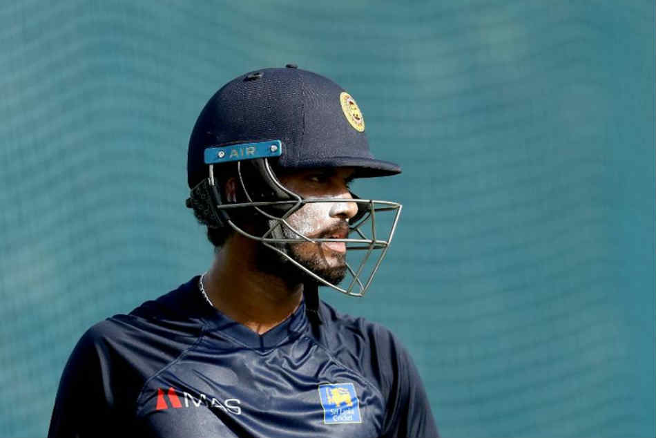 Sri Lanka S Dinesh Chandimal Ruled Of Asia Cup With Fractured Finger