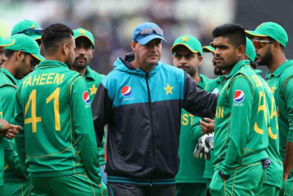 Asia Cup Pakistan Coach Mickey Arthur Reveals Major Problem His Team