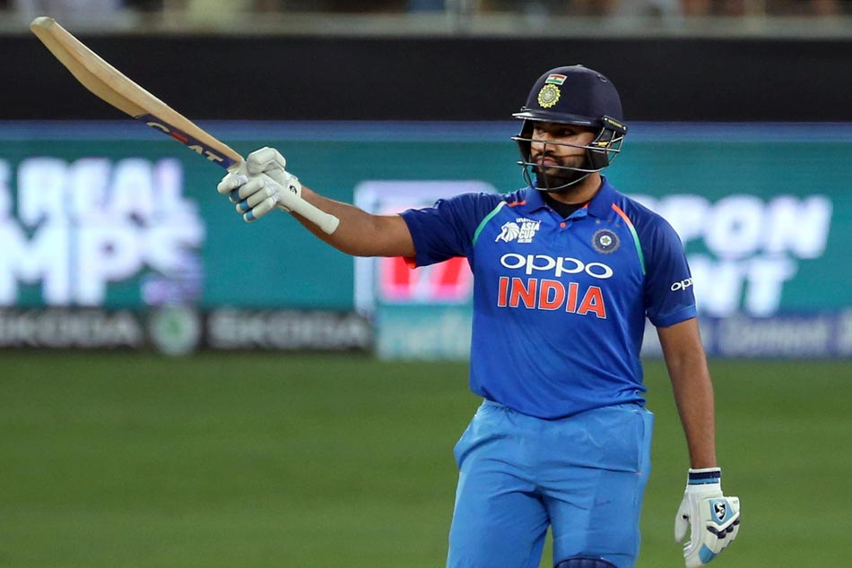 Sunil Gavaskar impressed with Rohit Sharmas captaincy, feels added responsibility only making him better