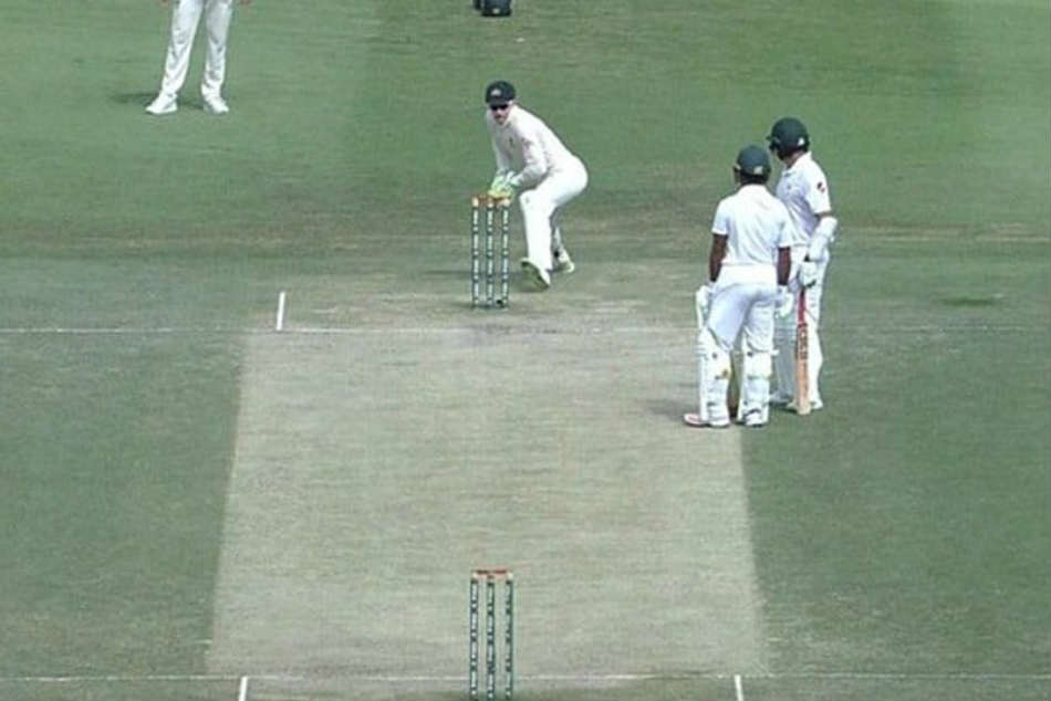 Azhar Ali Involved In One Of The Most Extraordinary Run Outs Ever Seen, Fans In Shock