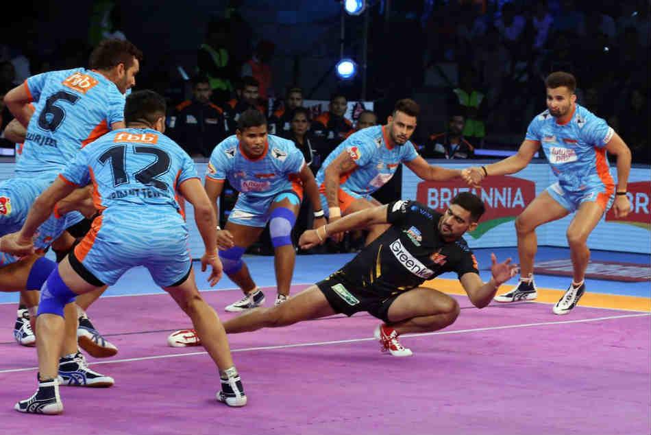 Bengal Warriors Vs Telugu Titans Pro Kabaddi 2018 Warriors Beat Titans 30 25
