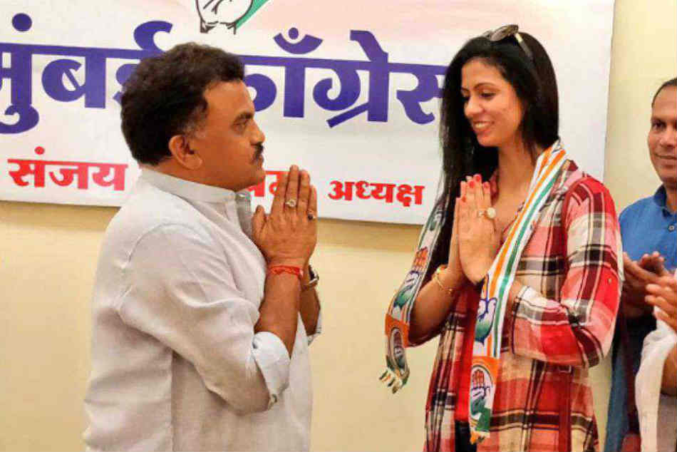 Cricketer Mohammed Shami's estranged wife Hasin Jahan joins Congress
