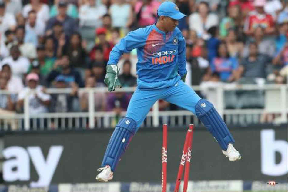 MS Dhoni's wicket-keeping technique is rare, Rishabh Pant should not copy him: Syed Kirmani