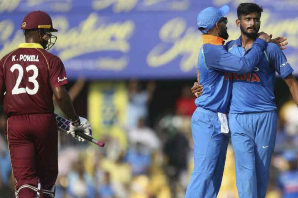 India Vs West Indies 1st Odi Guwahati Shami Dismisses Hope Windies Lose