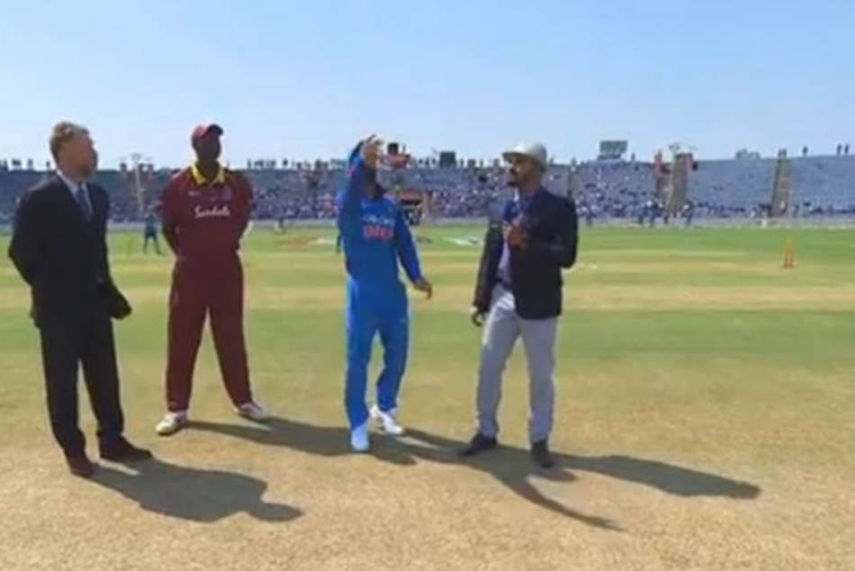 India vs West Indies, 3rd ODI in Pune: Kohli Wins the Toss, India to Bowl First With New Look Pace Attack