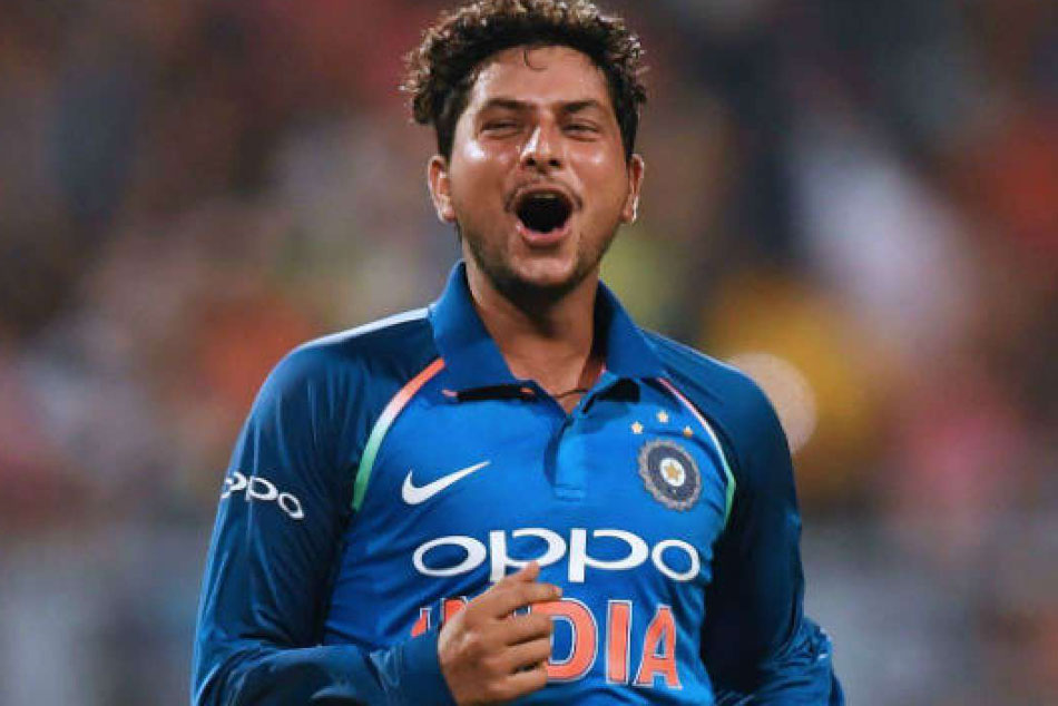 Kuldeep Doing LIVE Commentary on His Fifer Will Give Aakash Chopra a Run For His Money