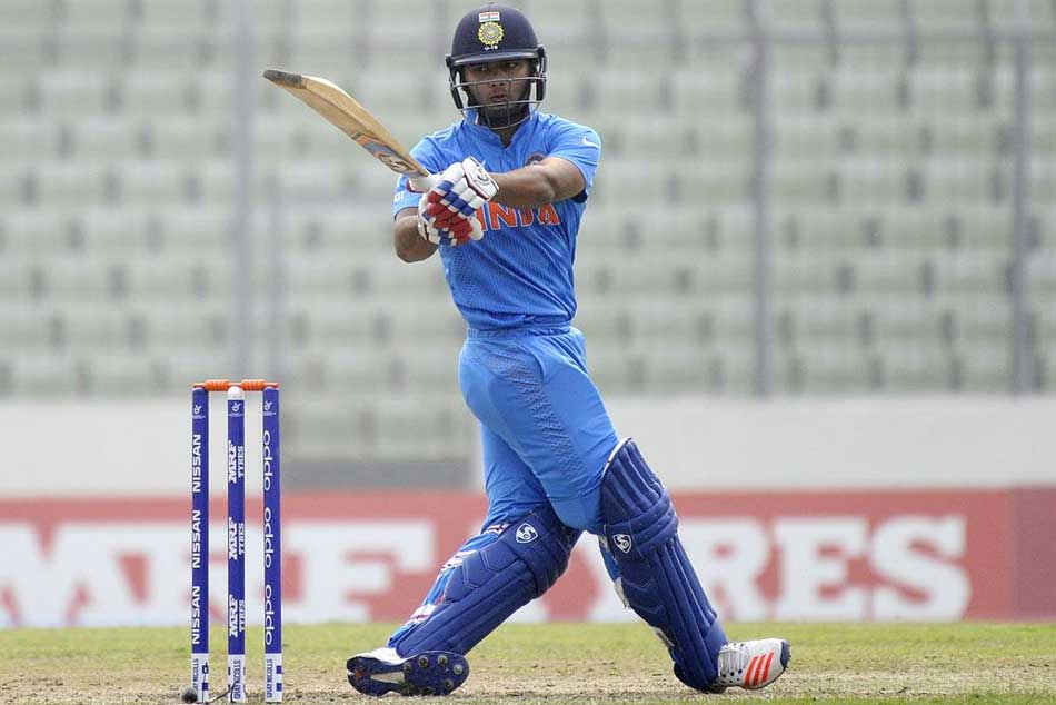 Twitterati agitated with the decision to drop Rishabh Pant in the 4th ODI