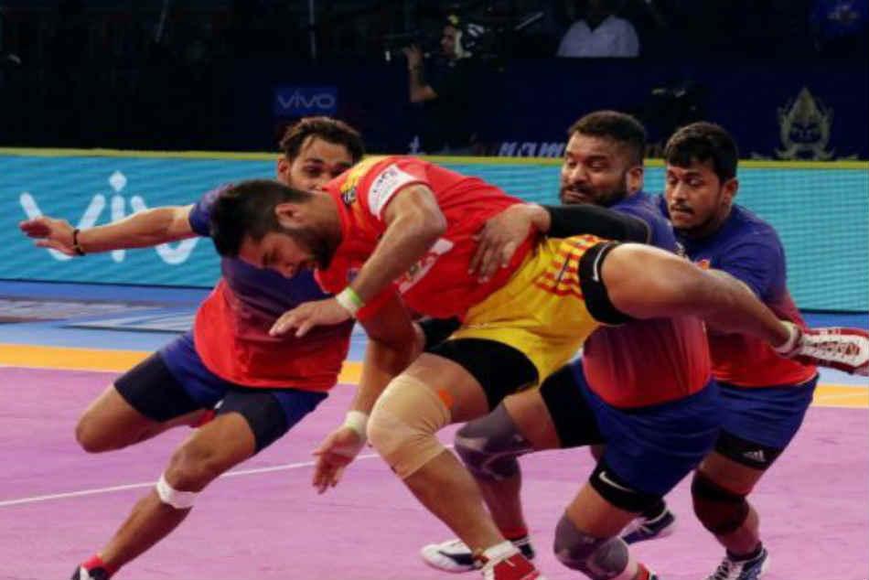 Dabang Delhi Vs Gujarat Fortunegiants Match 5 9th October 2018