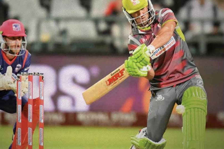 Ab De Villiers Plays Perfectly Timed Switch Hit Leaves Fan Amazed Watch Video