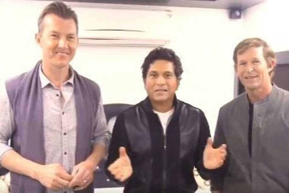 Sachin Tendulkar, Brett Lee and Jonty Rhodes get together, have sweets to celebrate Diwali, watch video