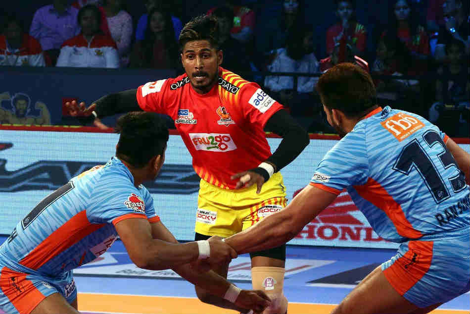 Pkl 2018 Gujarat Fortunegiants Continue Unbeaten Run At Home