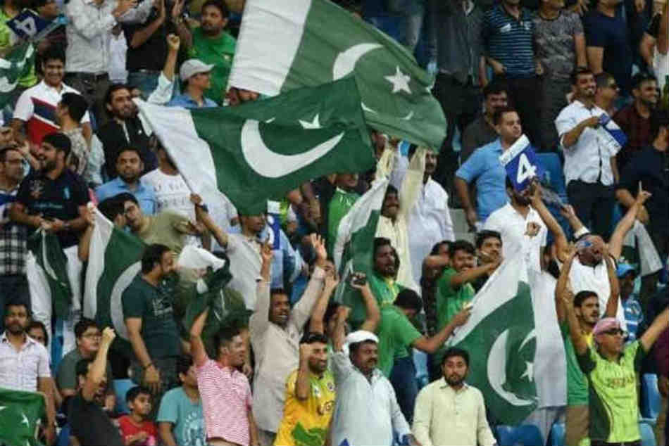 Icc Savagely Trolls Pakistan Fans With Hilarious Tweet After Receving Unfair Flak