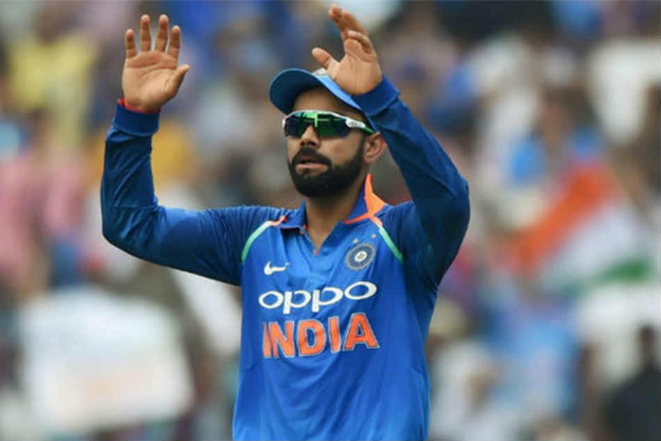 Virat Kohli Signals It S 6 After Hitting Bowler The Maximum In Nets Ahead Of Ind Aus