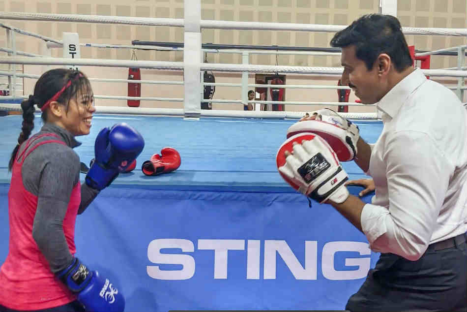 Mary Kom trades punches with Rajyavardhan Rathore in fun session