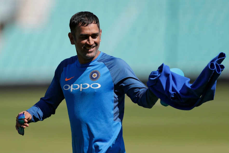 Miss You Thala Tweet Ms Dhoni Fans As Rishabh Pant Replaces Him As Wicket Keeper