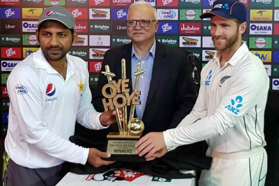 After Biscuit Trophy Sarfraz Williamson Unveil Oye Hoye Cup