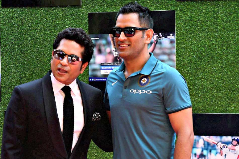 Sachin Tendulkar questions selectors mindset over MS Dhonis T20I ouster