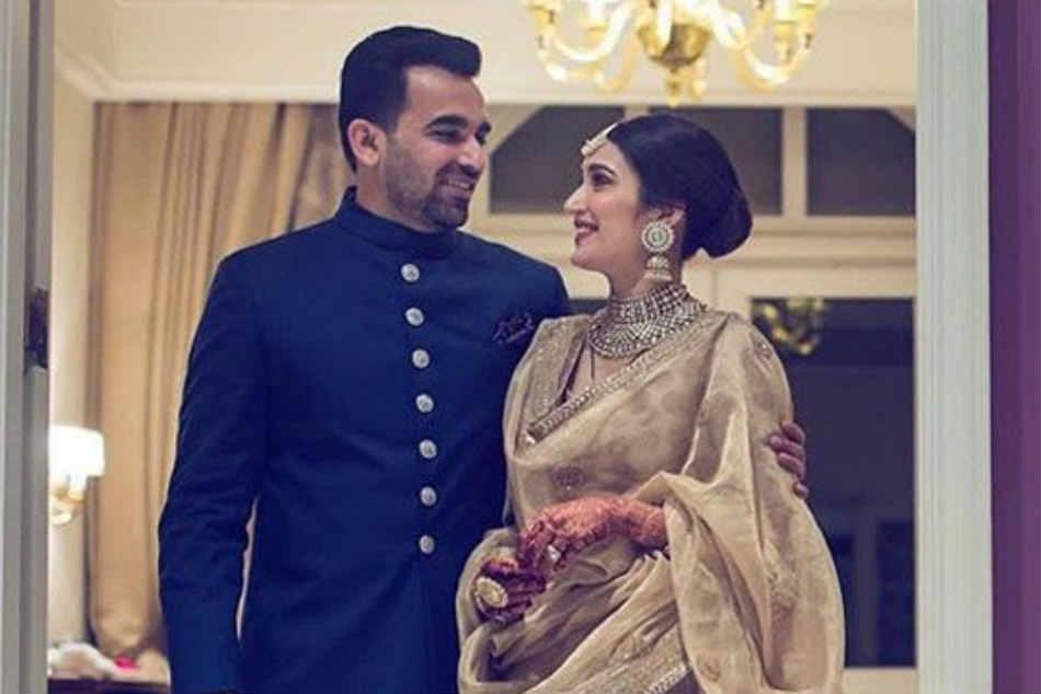Sagarika Ghatge Zaheer Khan Celebrate Anniversary With Throwback Wedding