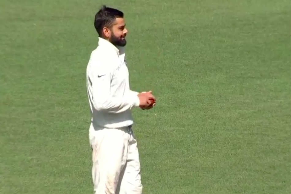 Video Virat Kohli Bowls During India S Tour Game At The Scg