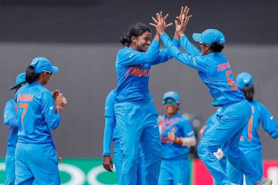 Women S World T20 In Form India Face England Semifinal