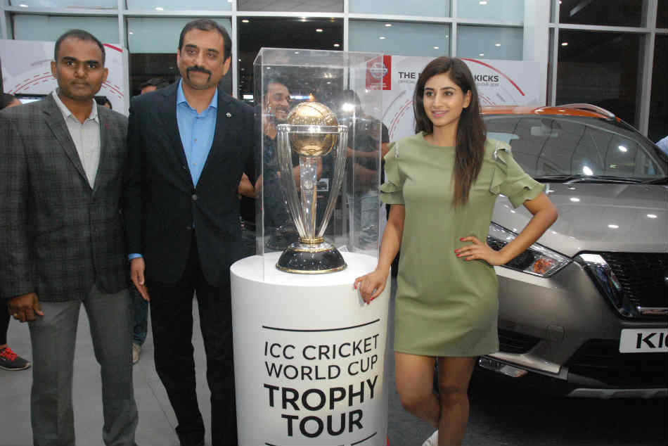 Nissan Kicks Icc Cricket World Cup Trophy 2019 Displayed Hyd