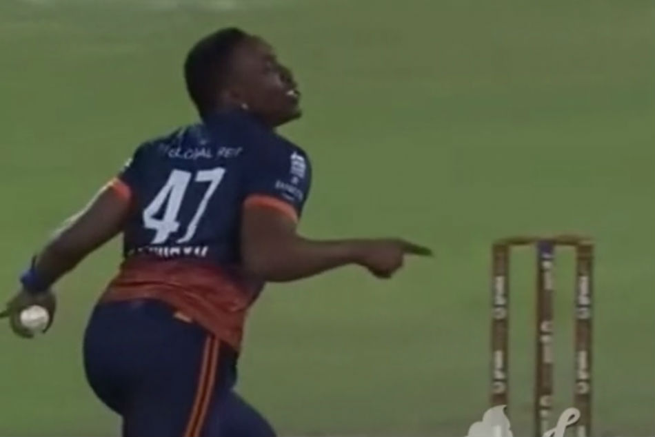 Dwayne Bravo introduces pre-wicket celebration in T10 League, video goes viral