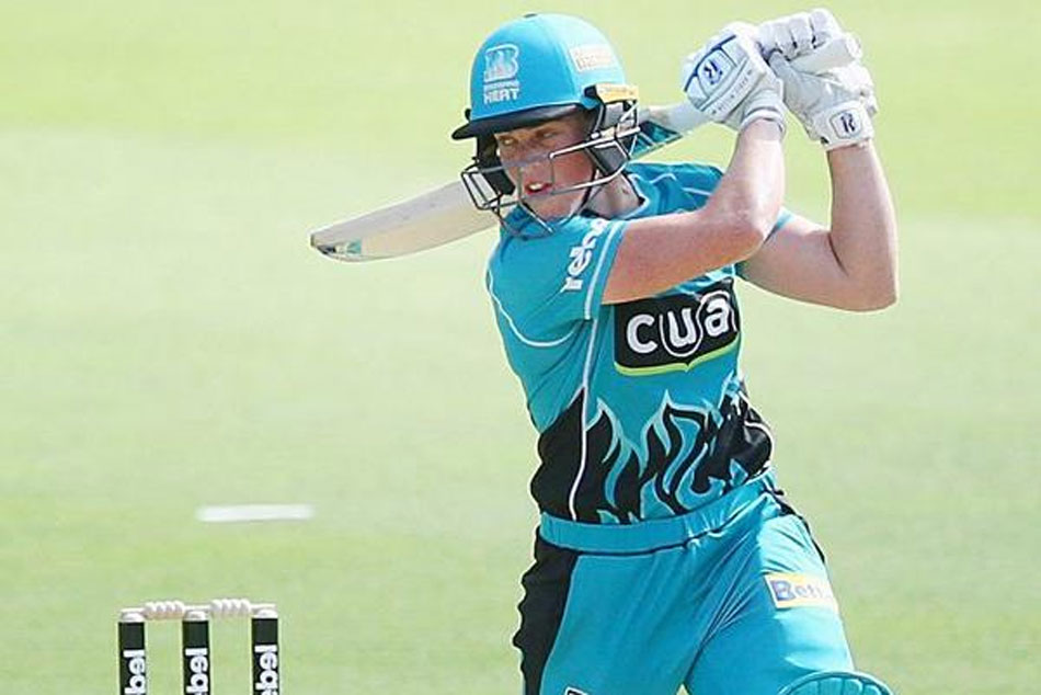 Grace Harris Hits 42 Ball Century Women S Big Bash League