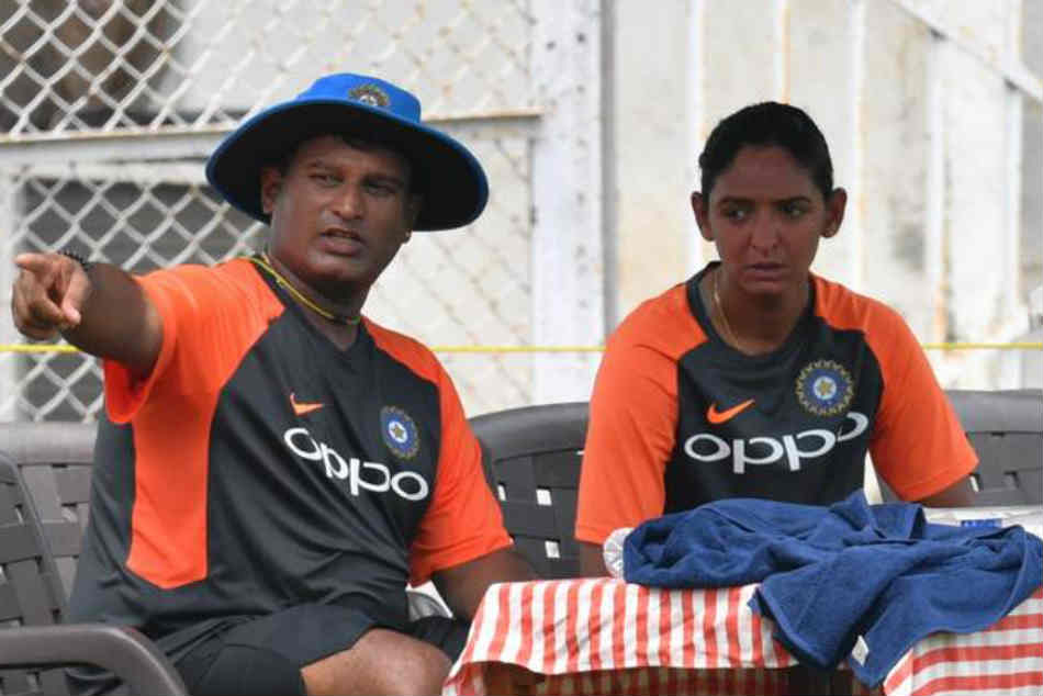Harmanpreet Kaur, Smriti Mandhana bat for Ramesh Powar continuation as coach