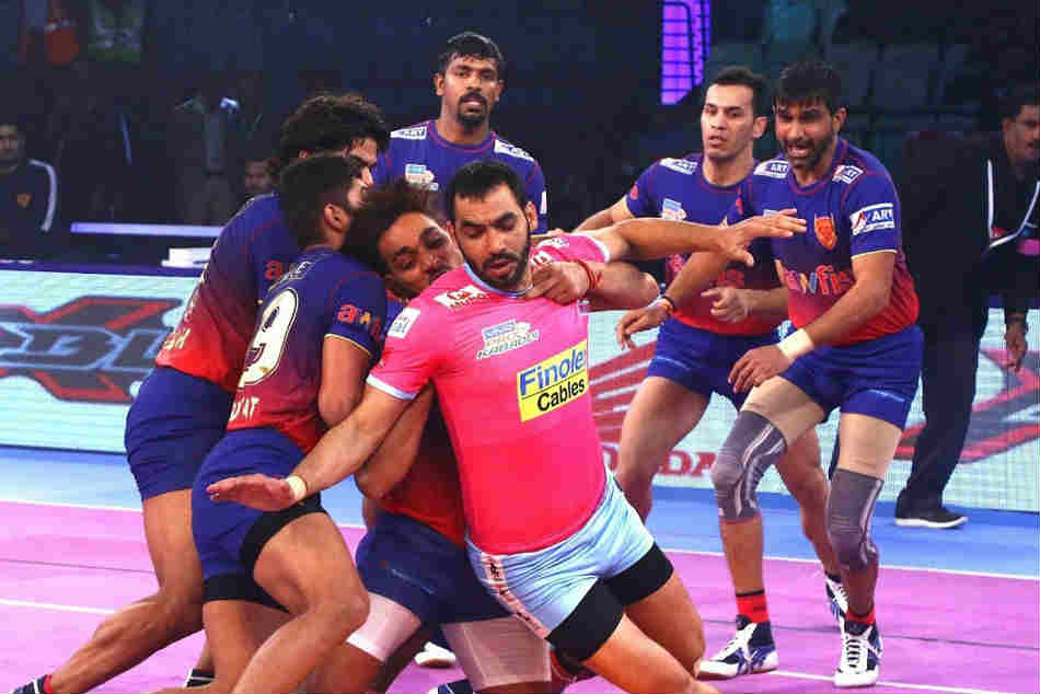 Pkl 2018 Dabang Delhi Start Off Home Leg With 13 Point Win Over Jaipur