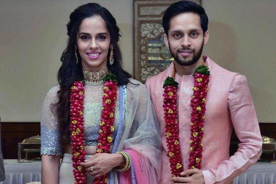 Just Married Saina Nehwal Ties The Knot With Parupalli Kashap Shares Photographs On Twitter