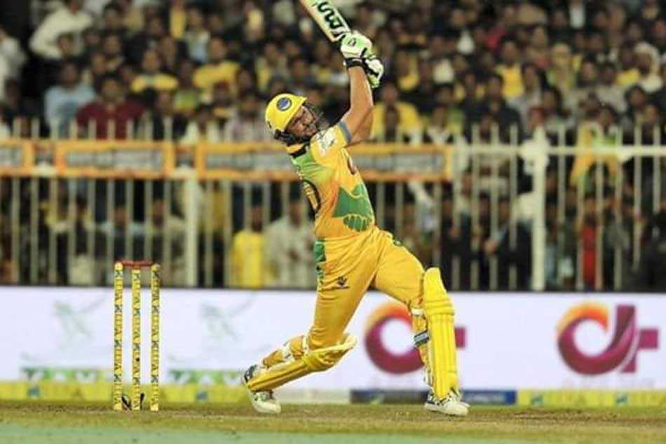 Shahid Afridi Slams 14 Ball Fifty Single Handedly Demolish Northern Warriors Bowling Attack