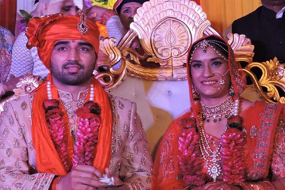Vinesh Phogat Ties The Knot With Wrestler Somvir Rathee