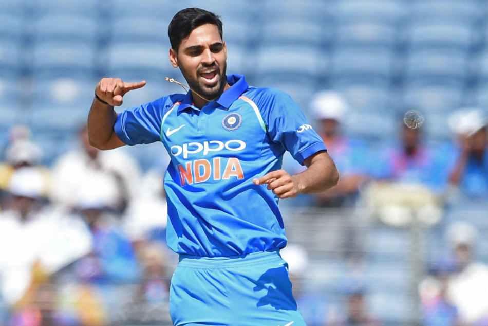 India Vs Australia 1st Odi Bhuvneshwar Kumar Picks Up His 100th Odi Wicket Watch