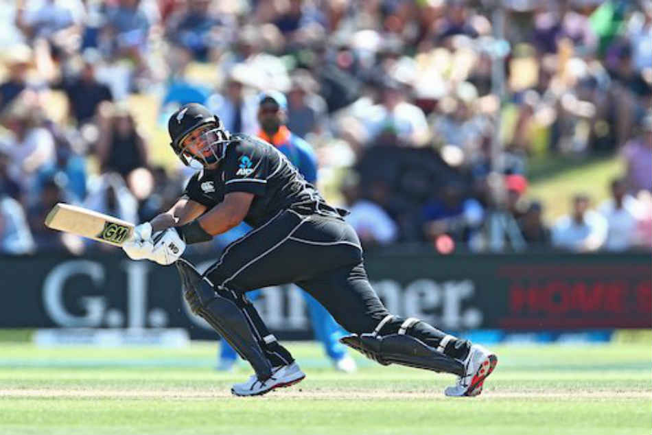 India Vs New Zealand 3rd Odi Mohammed Shami Removes Ross Taylor As Nz