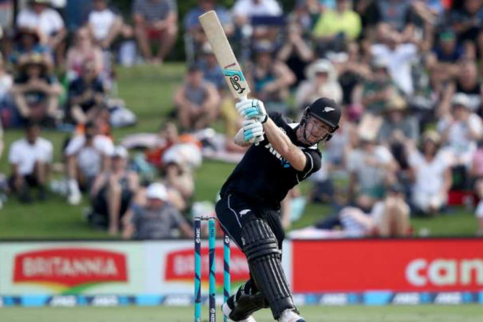 James Neesham hits 5 sixes in 34-run over to Thisara Perera, misses out on fastest ODI fifty by a whisker