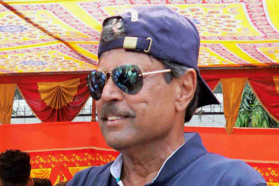 Kapil Dev Displeased After Efforts Stall Raman S Appointment As Womens Team
