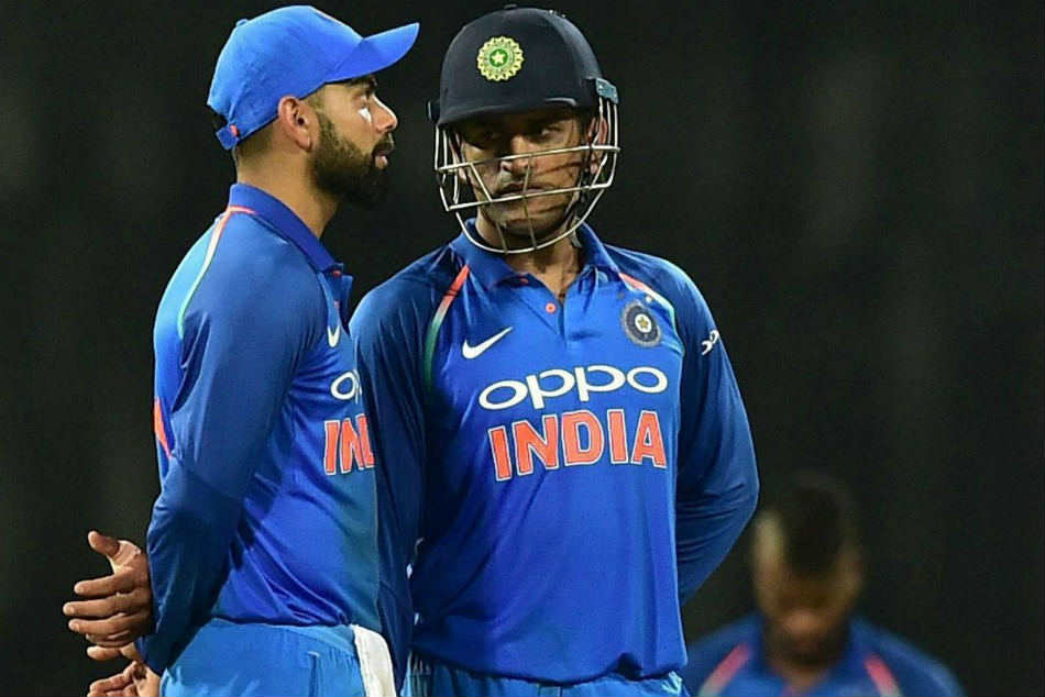 MS Dhoni most intelligent cricketer, nobody more committed to Indian cricket than him: Virat Kohli