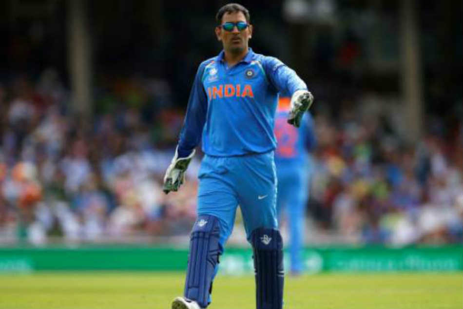Dhoni S Hardware Not Keeping Touch With Software Sanjay Manjrekar