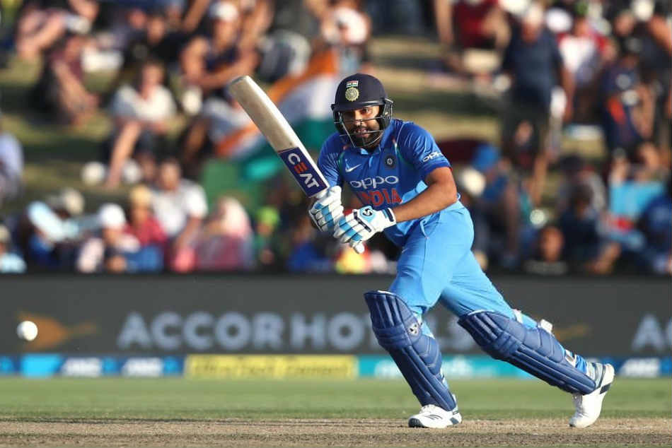 India Vs New Zealand Live Score 3rd Odi Rohit Sharma Hits Haf Century
