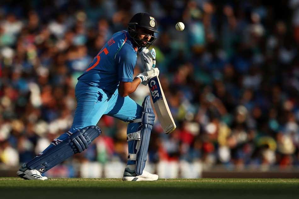 India Vs Australia Live Score 1st Odi Centurion Rohit Sharma Holds The Fort