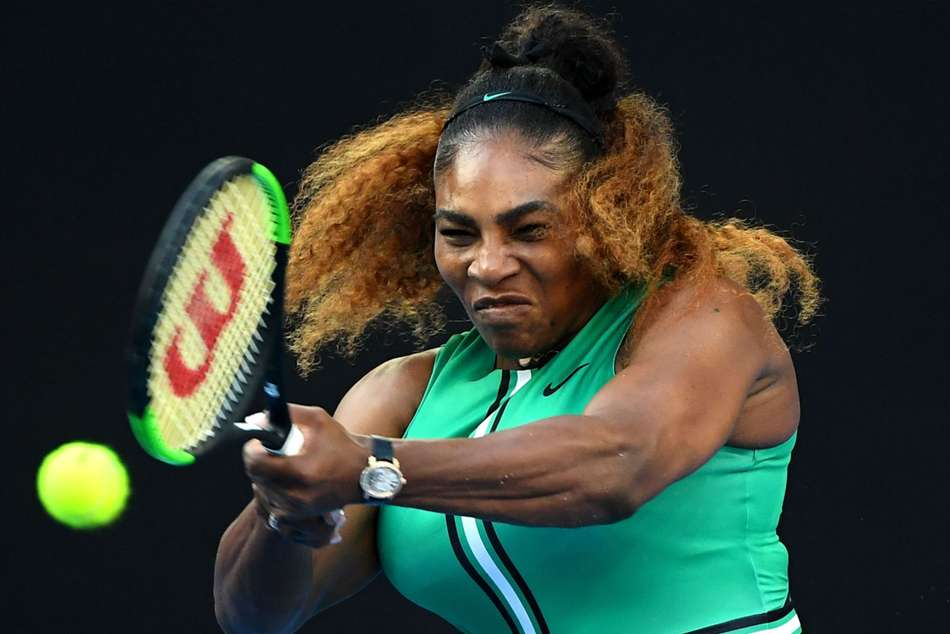 Australian Open: Serena comes through major Halep battle to reach last eight
