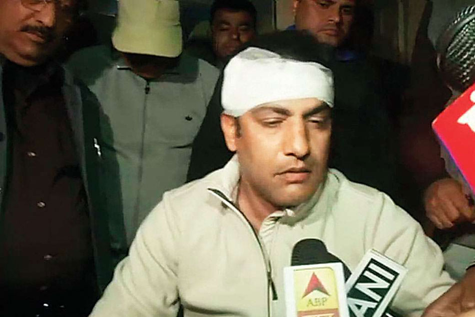 Shikhar Dhawan Gautam Gambhir Virender Sehwag Condemn Assault Of Delhi Selector Amit