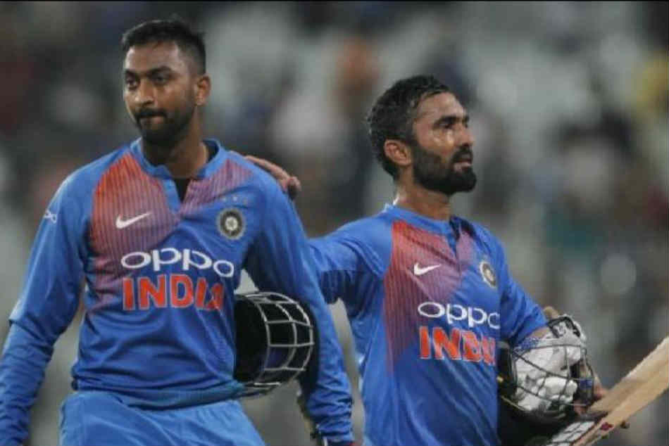India Vs New Zealand Sanjay Manjrekar Has His Say On Dinesh Karthik Denying Krunal Strike In Third T
