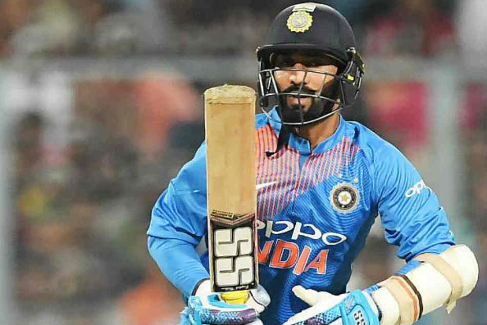 Harbhajan Singh blamed Dinesh Karthik for not taking the single off the third ball of the 20th over