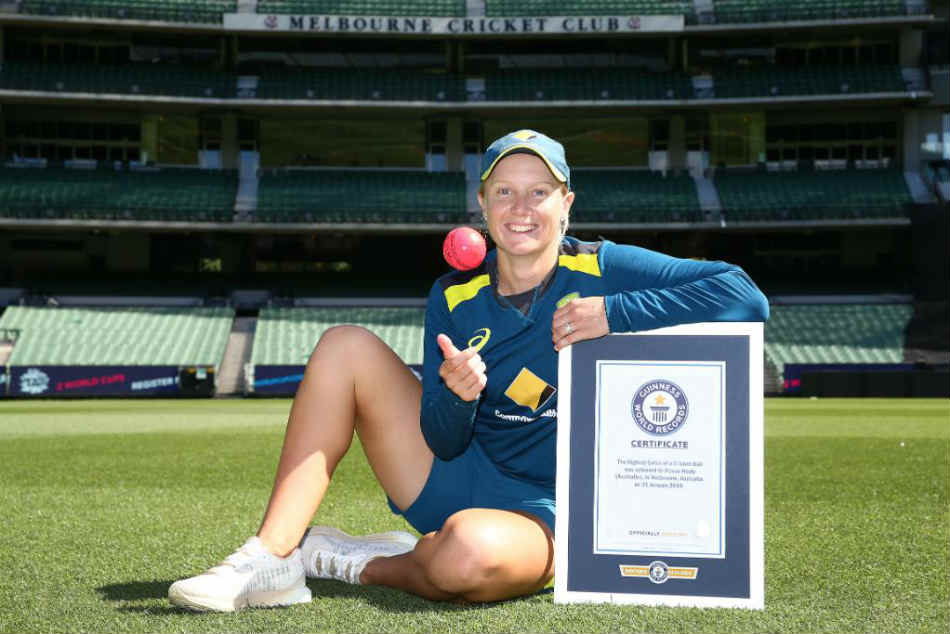 Watch Southern Stars Wicketkeeper Alyssa Healy Sets New Guiness Record For Highest Catch