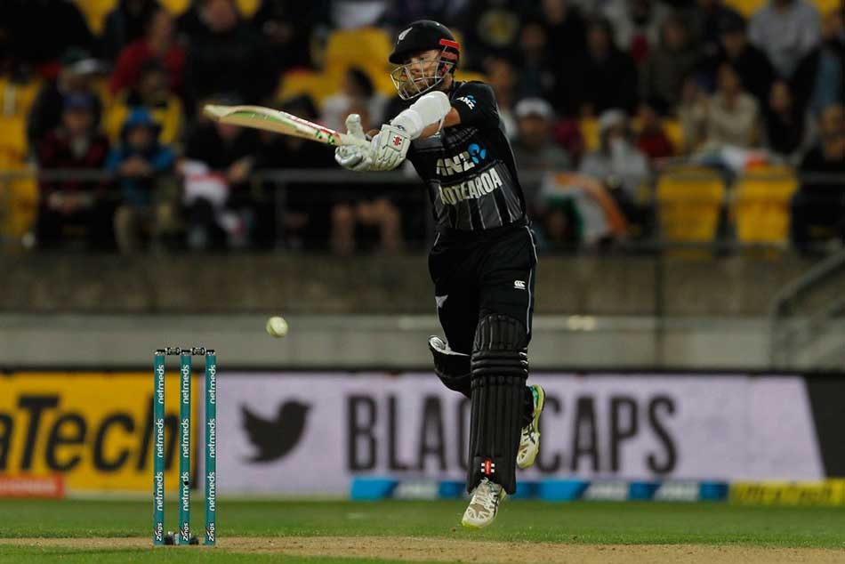 India Vs New Zealand 1st T20i Tim Seifert S Maiden Fifty Takes New Zealand To 219
