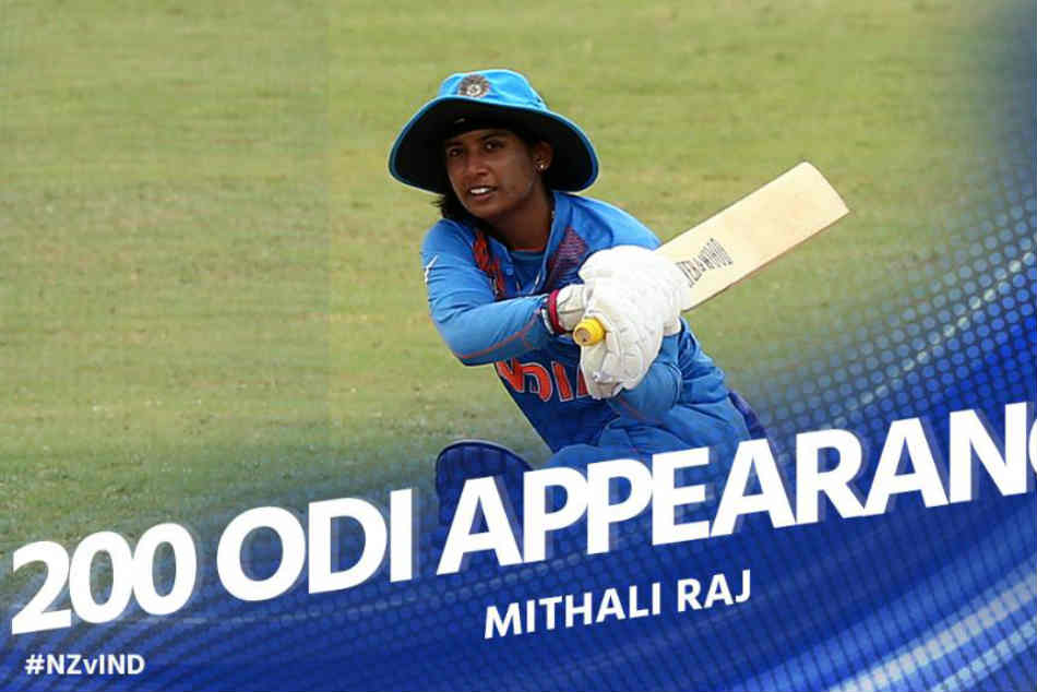 Mithali Raj Becomes The First Woman Cricketer Play 200 Odis Watch Reactions