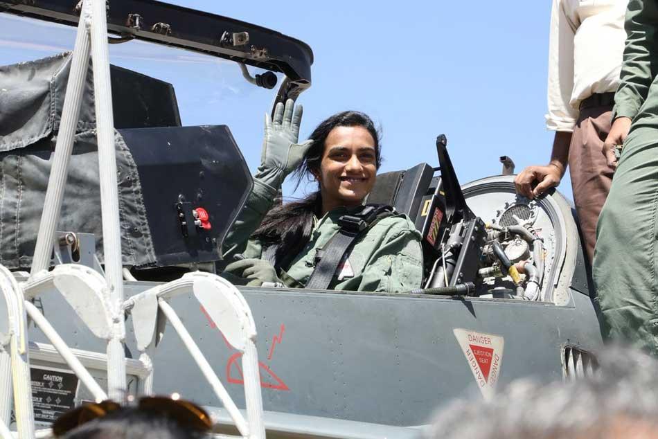 Pv Sindhu Flies Indigenous Combat Aircraft Tejas At Bengalur Air Show