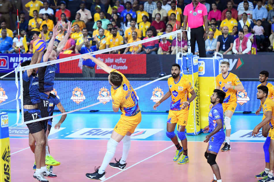Pro Volleyball League Chennai Spartans Qualify Playoffs After Defeating Ahmedabad Defenders